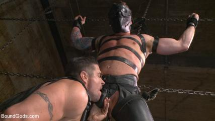 Free Bondage Video Tubes - Muscled Leather Hunk At The Mercy Of Mr. Ducati