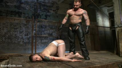 Muscle Gay Brasil - Slave #316 Welcomes Aleks Buldocek To The House
