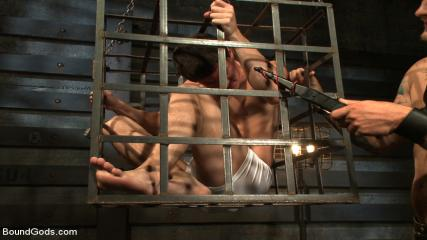 Muscle Man Gay Porno - Caged Sex Slave Endures A Beating, Hot Wax And Hard Stockade Fuck