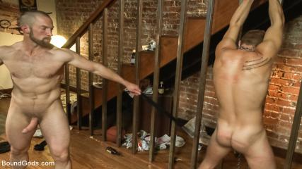 Musclegay Sex - The Door To Door Missionary