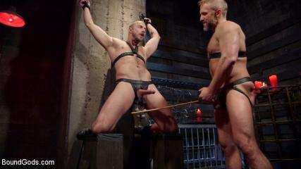 What To Do During Bondage - Dirk Caber And Jessie Colter Share A Night Of Pain And Pleasure